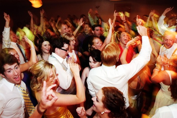 wedding-music-dance-party-songs-25